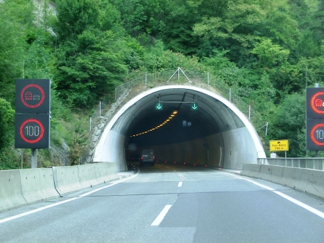 Golo Rebro Tunnel southern portal