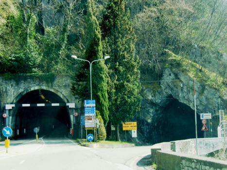 Regolo Tunnel (on the left) and Olivedo Tunnel northern portals