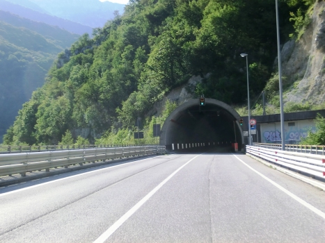 Fara Tunnel southern portal