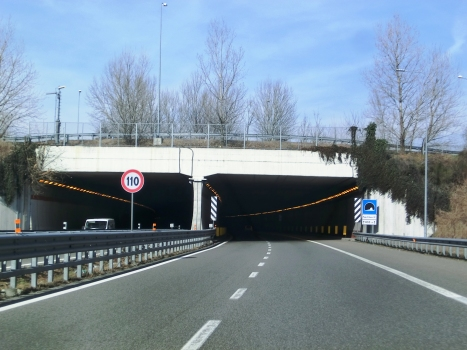 Papa Urbano III° Tunnel southern portals