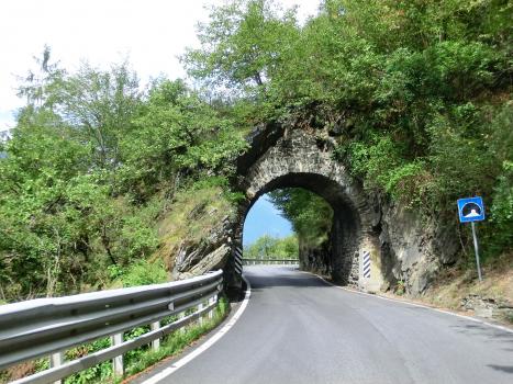 Arco Militare Tunnel