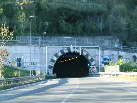Tunnel de Costa Volpino