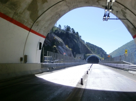 Mariani Tunnel southern portal and, on the backyard, Sassi Rossi Tunnel northern portal
