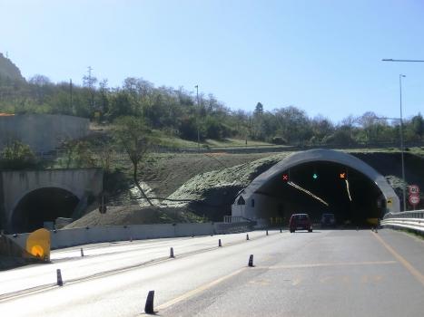 Valtreara Tunnel (on the left the older tube under refurbishment) northern portals