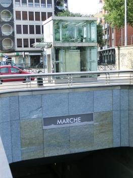 Station de métro Marche