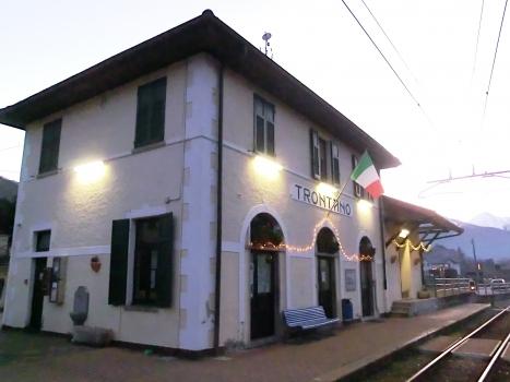 Bahnhof Trontano
