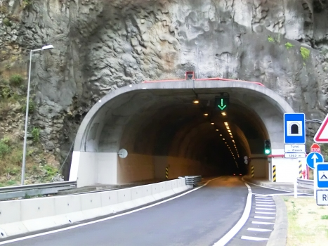 Casais Tunnel western portal