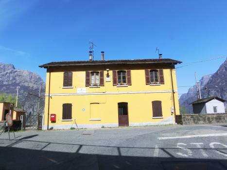 Verceia Station