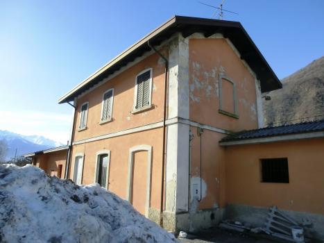Villa di Tirano Station