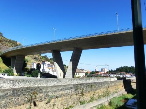 Autobahnbrücke Santa Cruz