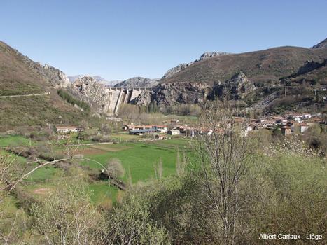 Talsperre Barrios de Luna