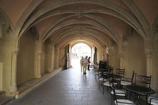 Ancien hôtel de ville (Bratislava)
