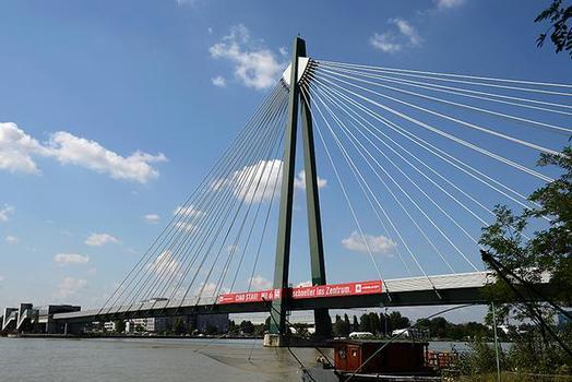 Donaustadtbrücke