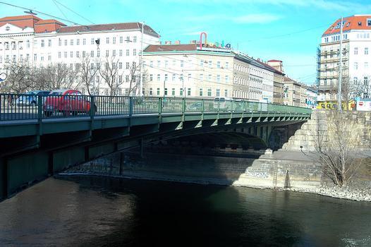 Friedensbrücke, Vienna
