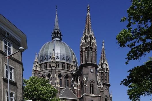 Pfarrkirche Sankt Maria vom Siege