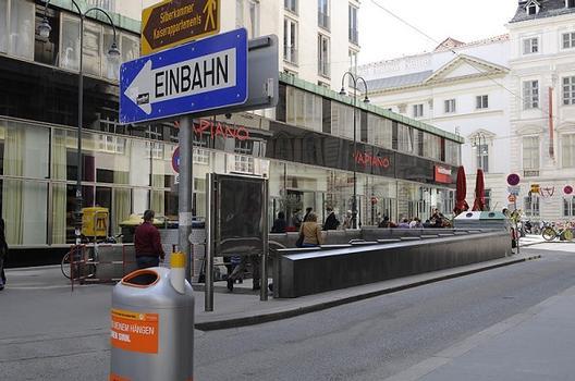 Herrengasse Metro Station