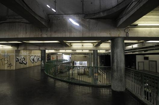 Unterpflasterstraßenbahn