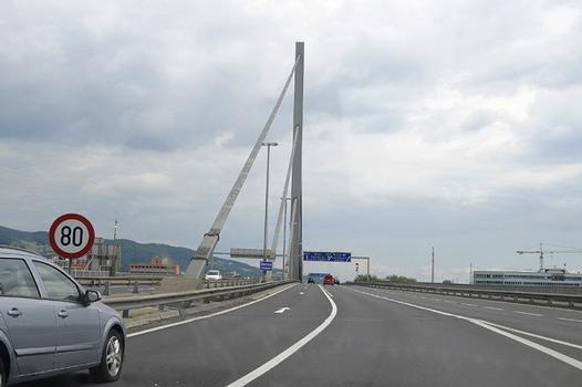 Voestbrücke Linz, Fahrt Richtung Süden