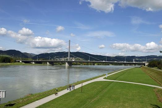 Voestbrücke, Linz