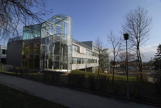 Waidhausenstrasse School