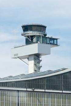 DFS Tower, neuer Kontrollturm des Rhein-Main-Flughafens