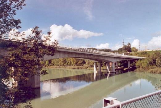 Vernier Motorway Bridge (A 1)