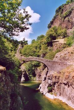 Pont du Diable, Thuyets