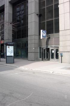 Montreal Metro Green Line - Peel Station