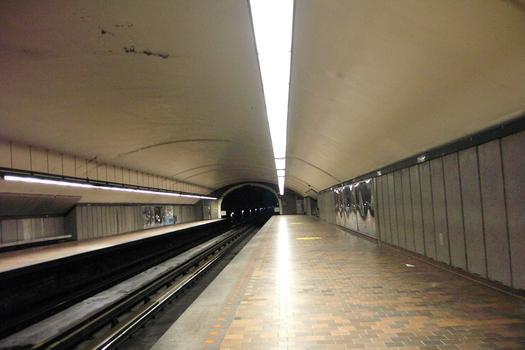 Métro von Montreal - Orange Linie - Bahnhof Jarry