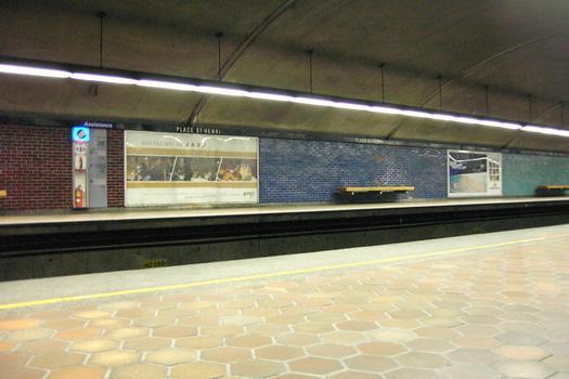 Métro von Montreal - Orange Linie - Bahnhof Place-Saint-Henri
