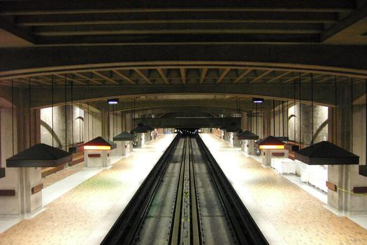 Métro von Montreal - Orange Linie - Bahnhof Bonaventure