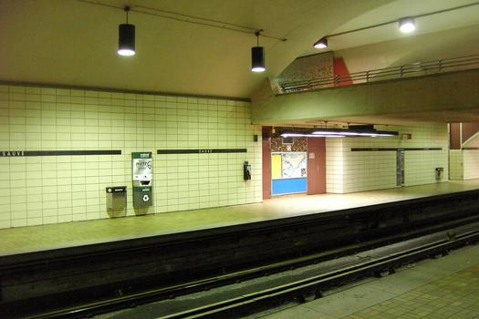 Métro von Montreal - Orange Linie - Bahnhof Sauvé