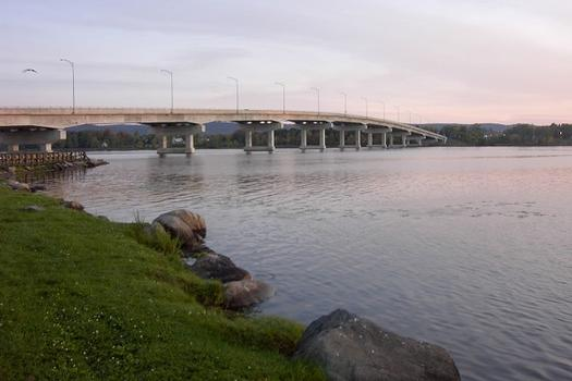 Long-Sault Bridge
