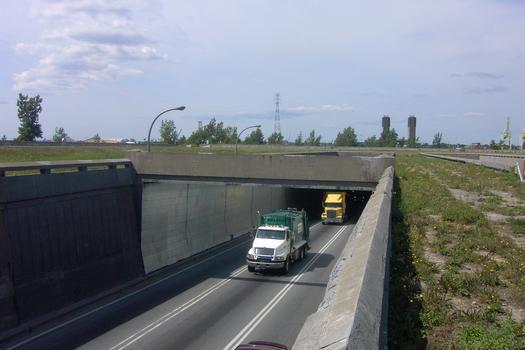 Tunnel Louis-Hippolyte-Lafontaine, Autoroute 25, Montréal Portail sud, vue du tube sud vers Boucherville