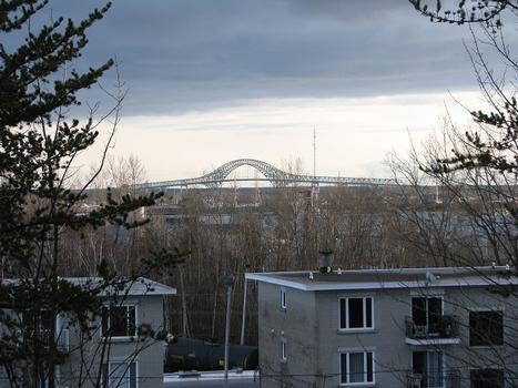 Laviolette-Brücke