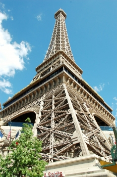Paris Hotel - Replica of the Eiffel Tower in front of the hotel