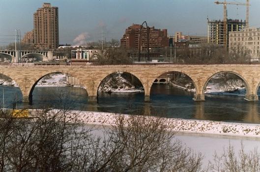 James J. Hill Stone Arch Bridge