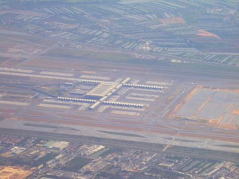 Internationaler Flughafen von Bangkok (Suvarnabhumi)