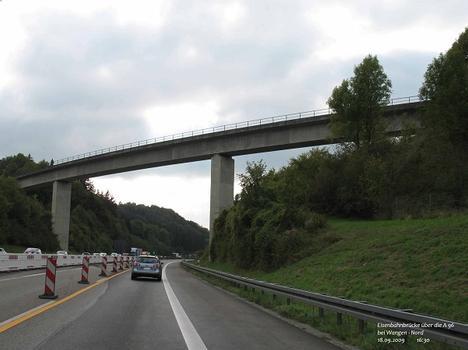 Eisenbahnbrücke über die A 96 südwestl. der AS Wangen - Nord