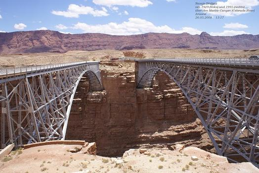 Alte und neue Navajo Bridge in Arizona