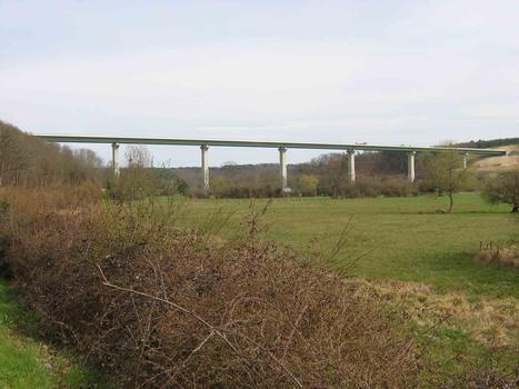 A 28 - Talbrücke Bec