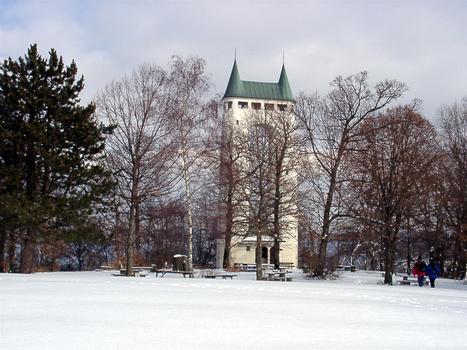 Schönbergturm über Pfullingen