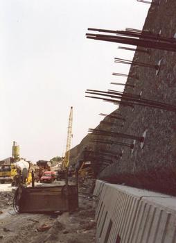 A 55 (Wales) - Stützmauer R3