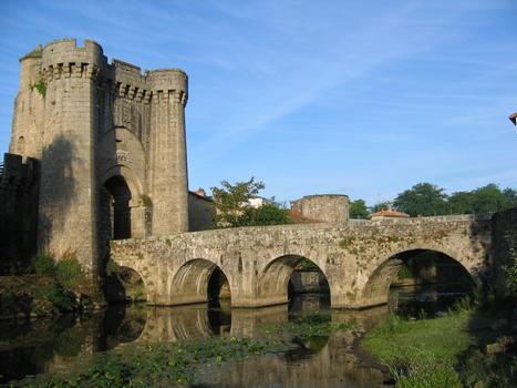 Pont Saint-Jacques, Parthenay