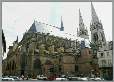 Cathédrale, Moulins