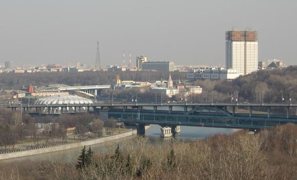 Luzhnetsky-Metro-Brücke, Moskau