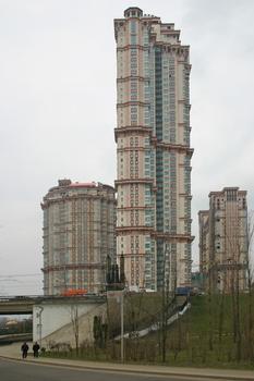 Alije Parusa 2, Moskau