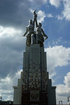 Worker and Kolkhoz Woman, Moscow, 24.5 meter high sculpture made from stainless steel by Vera Mukhina for the 1937 World's Fair in Paris. Pavilion is replika of pavilion architect Boris Iofan
