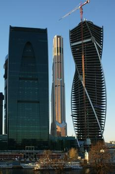tower Evolution Moscow city. Office rooms of 200 000 sq.m. Underground parking on 1350 places. Tower height 250м