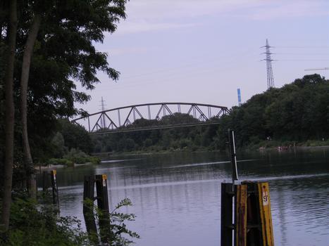 Rhine-Herne Canal - Railroad Bridge no. 325